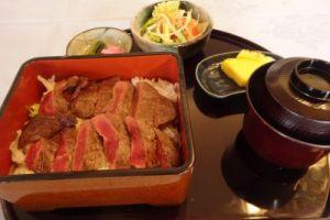 牛ひれステーキ重